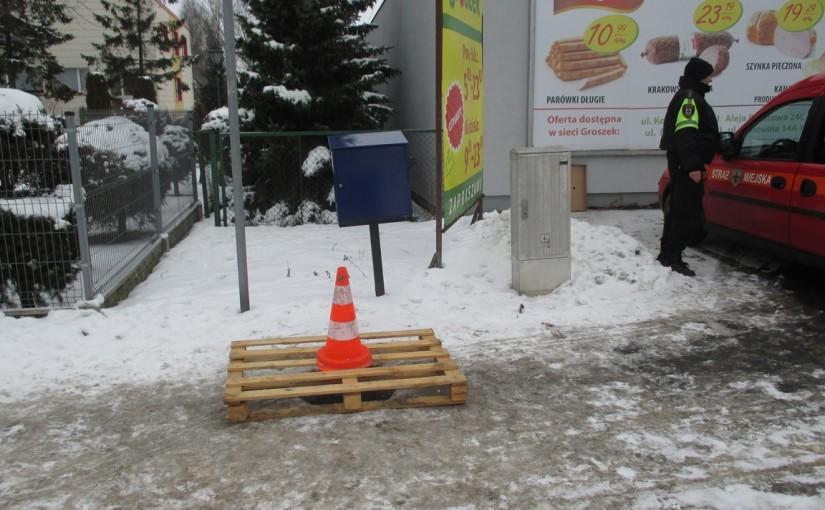 Niebezpieczeństwo na chodniku