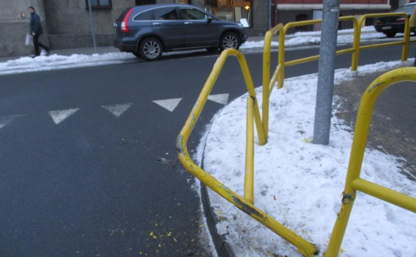 Uszkodzone bariery.