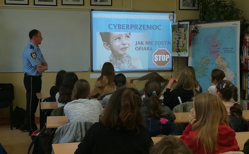 Cyberprzemoc i hejt – jak się bronić.